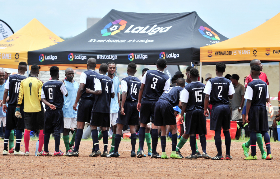LaLiga esponsoriza los 'Juegos de KwaMahlobo' para potenciar los valores del fútbol en Sudáfrica