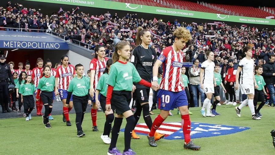 La imparable 'R-Evolución' del fútbol femenino vista desde dentro