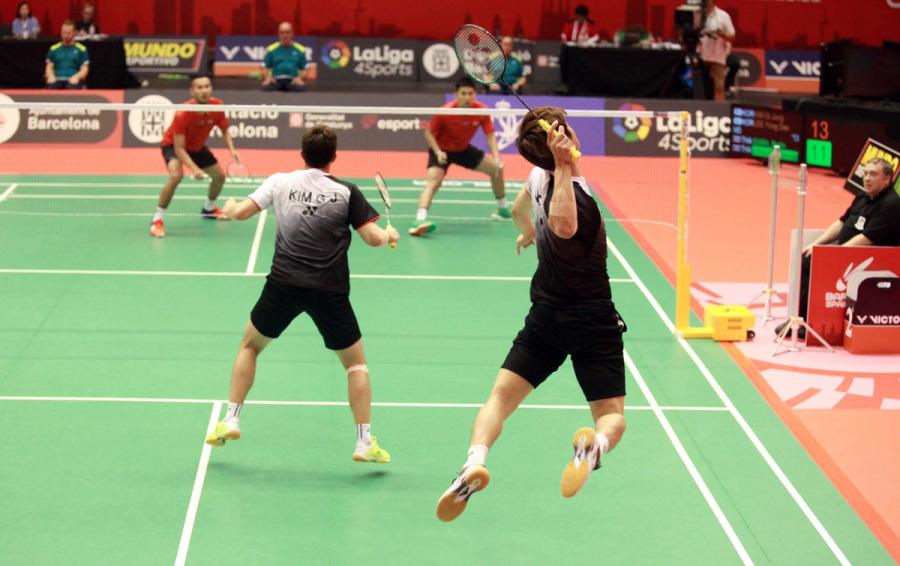 Éxito de organización y participación en el Barcelona Spain Masters de badminton