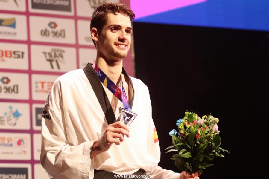 Lo que no se vio de la medalla de plata de Javier Pérez Polo en el Mundial de Taekwondo