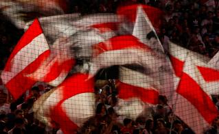 La alianza del fútbol emoción con el fútbol sensación