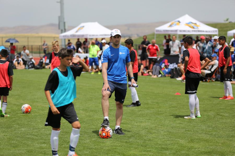 Escuelas de verano de fútbol español llegan a Estados Unidos y a la India