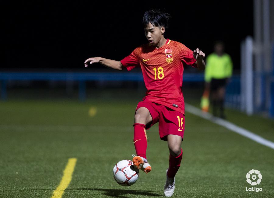 El secreto para producir talento futbolístico: de los socios globales a la enseñanza de habilidades para la vida