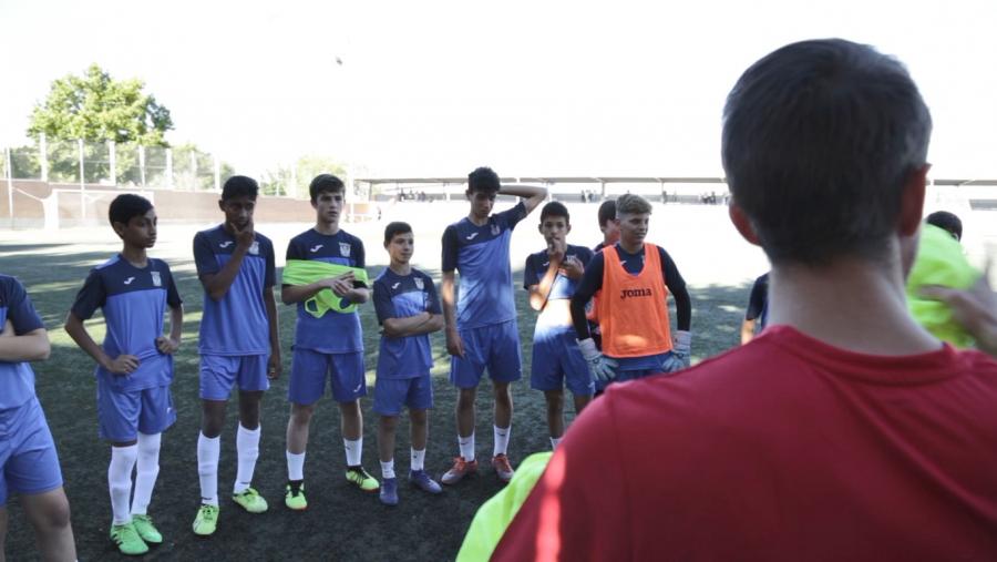 Cómo los clubes españoles están apoyando el fútbol base de la India