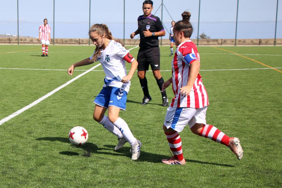 El CD Tenerife femenino echa a andar con un proyecto basado en la formación