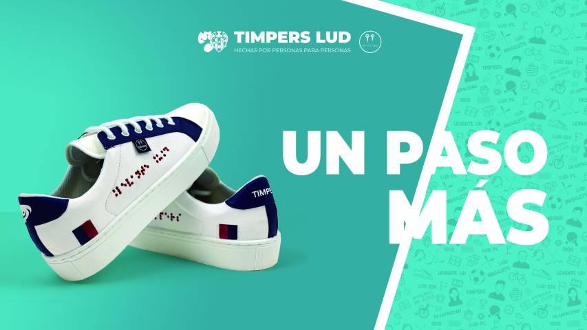 El Levante UD lanza unas zapatillas solidarias diseñadas por personas con discapacidad para promover la integración