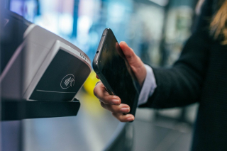 Stamford Bridge (Chelsea) follows global trend to move to fully-cashless payment
