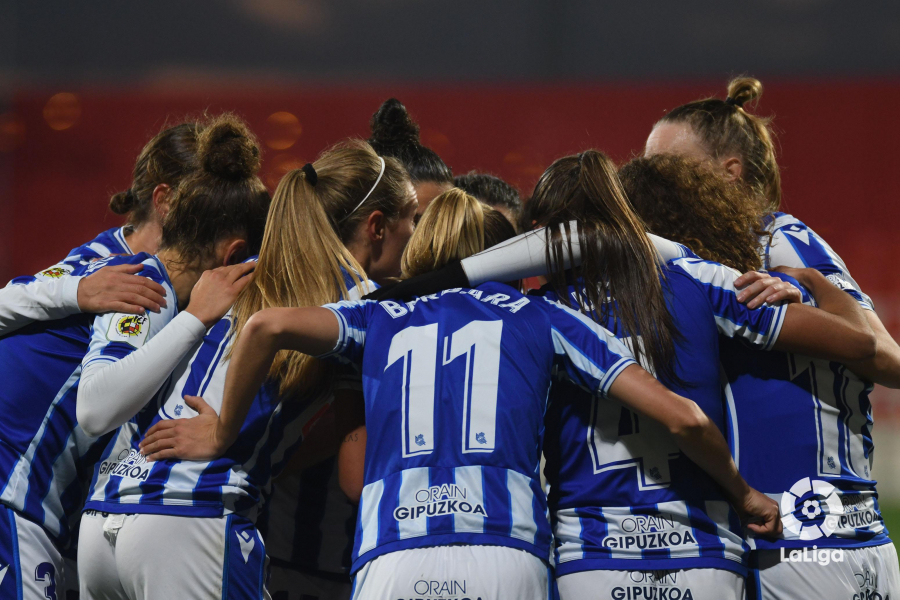 La profesionalización supondrá un nuevo paso para el crecimiento del fútbol femenino