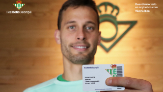 Real Betis is signing up international fans with the 'Soy Betico' membership card
