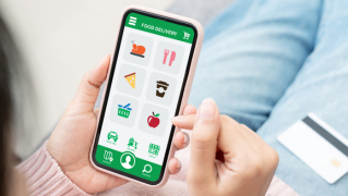 Smart apps provide innovative solutions for fans to order and pick-up