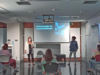 'Entrena la empleabilidad': el proyecto de voluntariado que busca inspirar a personas en riesgo de inclusión
